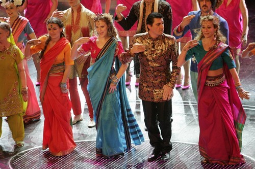 Shava Shava, Bollywood in Italia