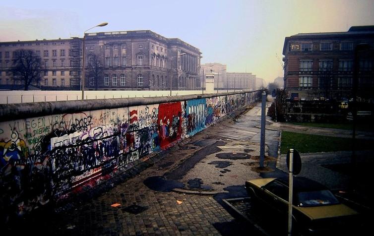 muro-di-berlino-muri-migranti-rifugiati-politica-trump-europa-cultura-ricerca-anna-triandafillydou-eui-istituto-europeo